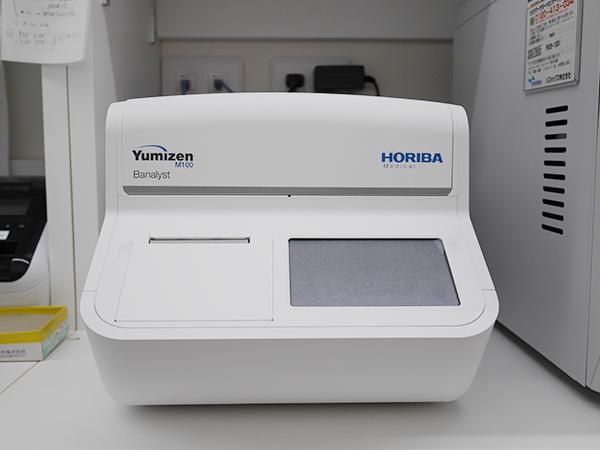 血液検査機器:遠心方式血液分析装置Yumizen(M100 Banalyst)